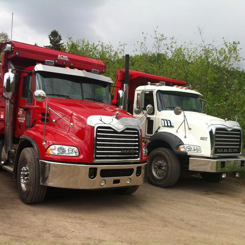 Arrivée de nos nouveaux camions